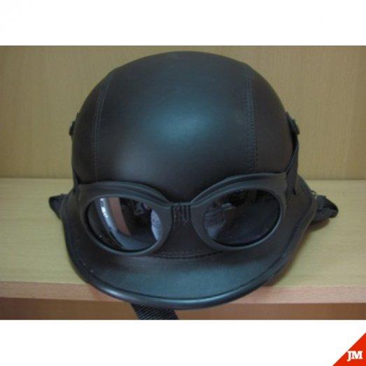 Шлем байкера с очками немецкий